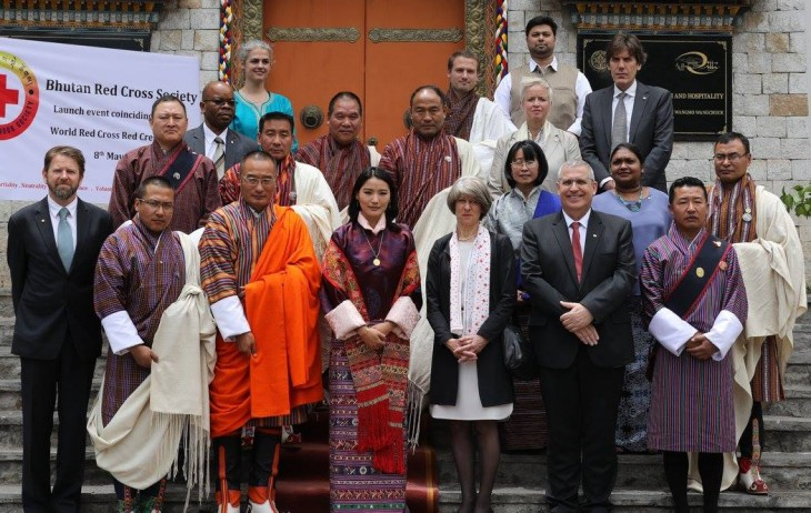 Her Majesty The Gyaltsuen with Prime Minister Lyonchhen Tshering Tobgay, Her Excellency Annemarie Huber-Hotz, the Vice President of the International Federation of Red Cross & Red Crescent, the regional heads of the IFRC and ICRC and members of the Working Committee of the Bhutan Red Cross Society.